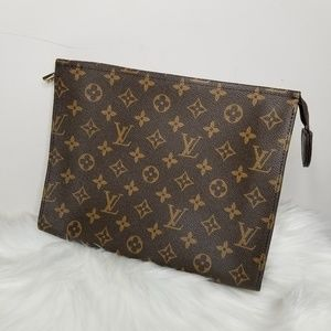 "LV cosmetic bag 10*8*2"""